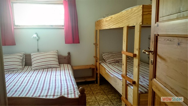 slaapkamer ingericht voor 4 personen